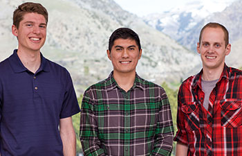 Mechanical Engineering Students Sweep Technical Writing Contest | College of Engineering